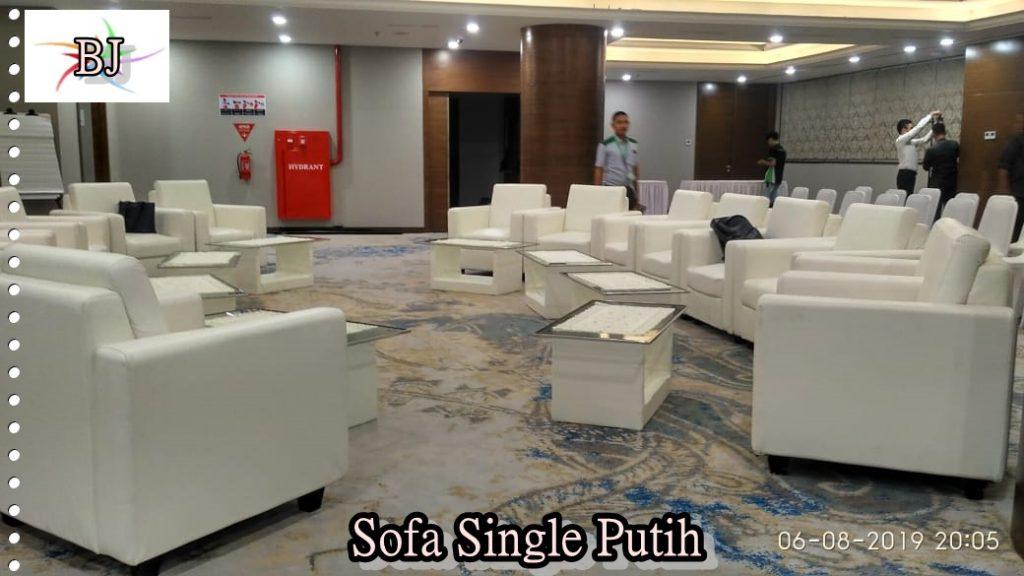 Sewa Sofa Single Putih